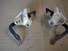 peugeot 205 1.6 / 1.9 gti xs pair of rear seat catches locks brackets